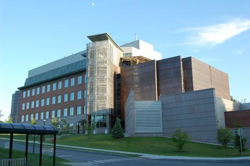 Dartmouth College (Class of 1978 Life Sciences Center)